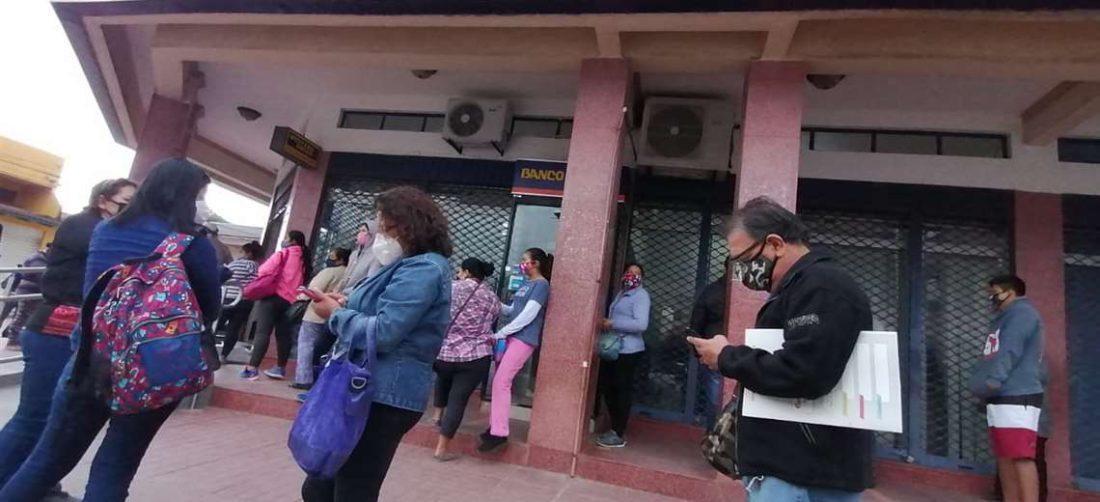 La entrega de recurso busca dar una respuesta inmediata a los sectores más necesitados (Foto: Hernán Virgo)