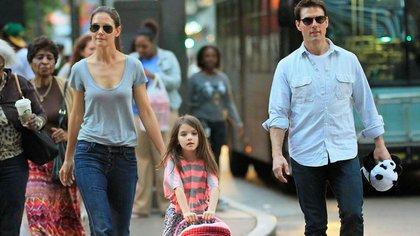 Tom cruise y Katie Holmes con su hija Suri
