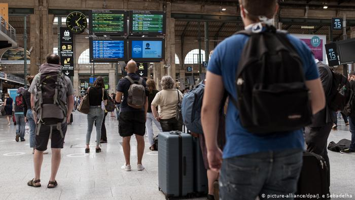 Frankreich Paris | Coronavirus | Gare du Nord Bahnhof (picture-alliance/dpa/J. e Sebadelha)