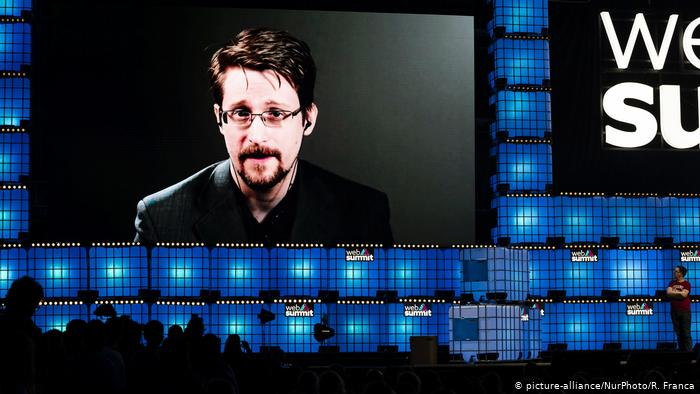 Portugal Edward Snowden Videobotschaft ARCHIV (picture-alliance/NurPhoto/R. Franca)