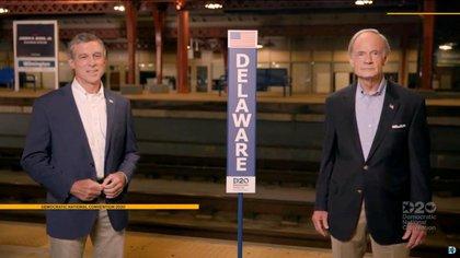 Delegados del estado de Delaware, que Biden representó en el Senado, durante su discurso en el que oficializaron su nominación presidencial. Democratic National Convention/via REUTERS