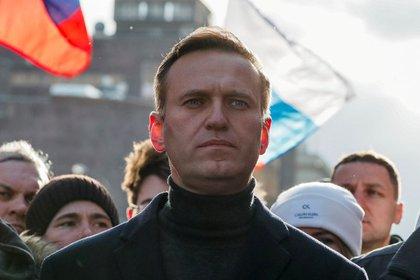 FOTO DE ARCHIVO: El opositor ruso Alexei Navalny durante una marcha de conmemoración del 5º aniversario del asesintato del opositor Boris Nemtsov y de protesta contra reformas constitucionales celebrada en Moscú, Rusia, el 29 de febrero de 2020. REUTERS/Shamil Zhumatov