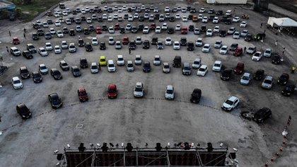 El autocine de Río fue una alternativa (EFE/Antonio Lacerda)