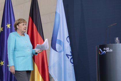 La canciller alemana, Angela Merkel, tiene dudas sobre el futuro del acuerdo (EFE/EPA/MAJA HITIJ/Archivo)