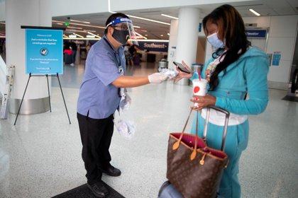 Medidas de control ante la pandemia de coronavirus en Los Angeles, Estados Unidos REUTERS/Lucy Nicholson/File Photo