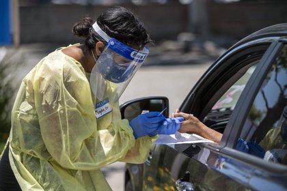 Testeos en Los Angeles por coronavirus (Photo: Hans Gutknecht/Orange County Register via ZUMA/dpa)