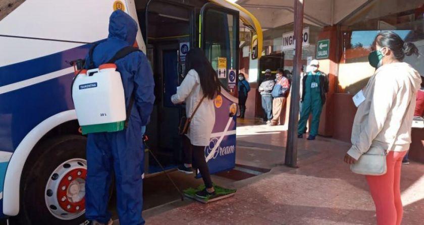 Transportistas deciden reanudar viajes interprovinciales; Alcaldía ...
