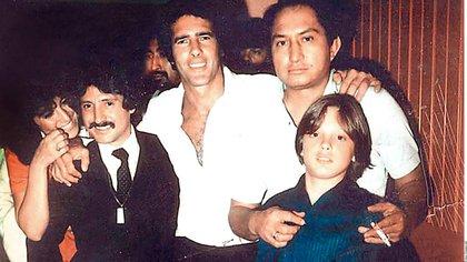 """Tan cercana era la relación de Luis Miguel con Andrés García que lo llamaba """"tío""""."""