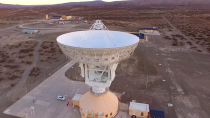 La estación espacial que el régimen chino instaló en la Patagonia de la Argentina y la considera parte de su territorio: se encuentra ubicada en la provincia de Neuquén. Allí no se permite personal local
