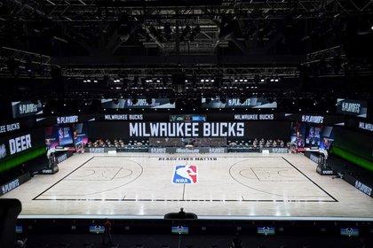 Los jugadores de Milwaukee Bucks iniciaron la protesta (USA TODAY Sports)