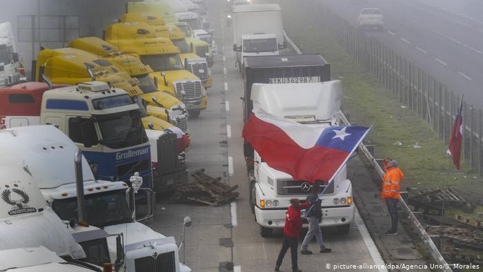 Foto de protesta de camioneros en Chile