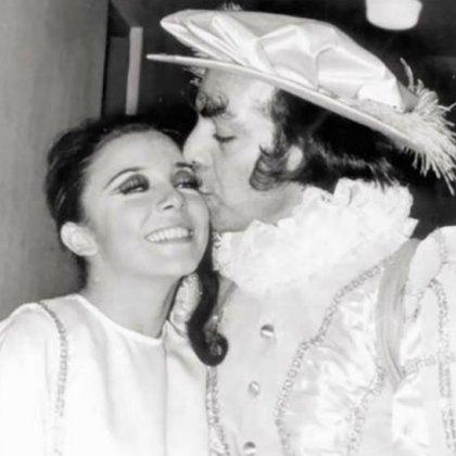 """Veronica Castro y """"El Loco"""" Valdés en escena. (Foto: Especial)"""