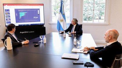 El Presidente se reunió este mediodía con Axel Kicillof y Horacio Rodríguez Larreta