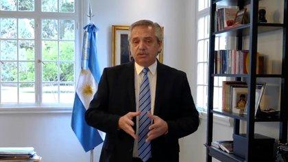 El Presidente anunció la extensión de la cuarentena sin la presencia de ningún gobernador