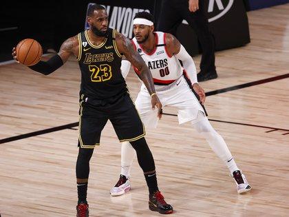La NBA anuncia que los playoffs se reanudan este sábado (EFE)