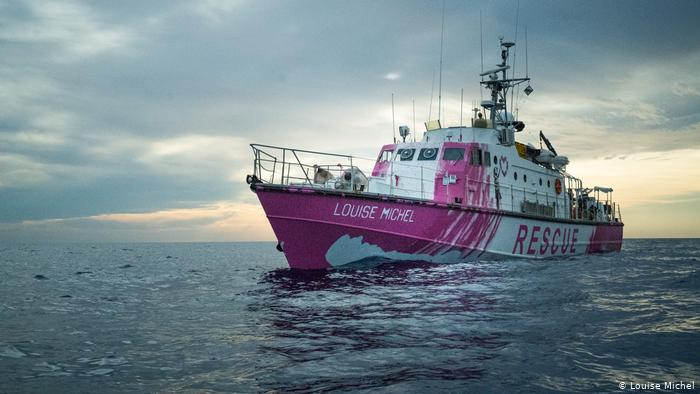 Rettungsschiff MV Louise Michel | Banksy (Louise Michel)