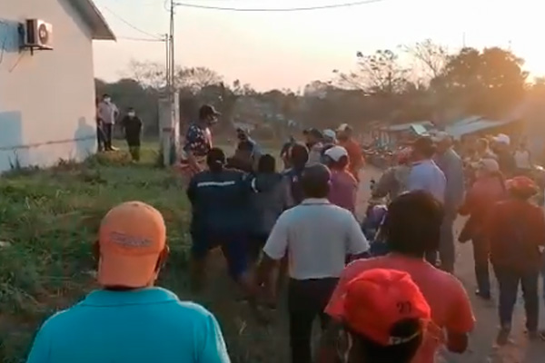 Incidentes en Guarayos tras renuncia de alcalde