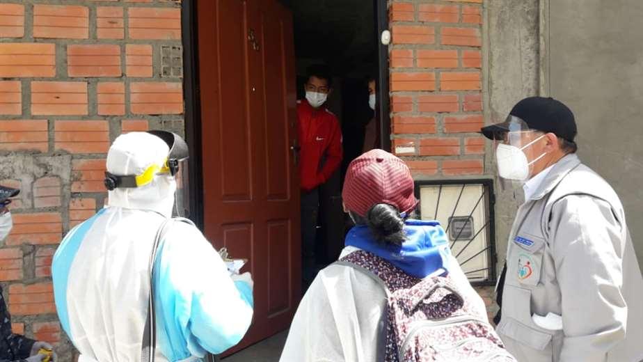 Brigadas visitan domicilios en la zona de San Antonio/ Foto: Sedes La Paz