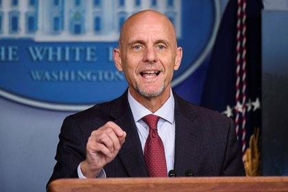 El comisario de la Administración de Alimentación y Medicamentos de Estados Unidos (FDA), Stephen Hahn