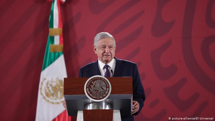 Der mexikanische Präsident Andrés Manuel López Obrador verlost Präsidentenflugzeug (picture-alliance/El Universal)