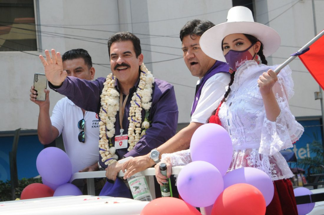 El exprefecto de Cochabamba Manfred Reyes Villa durante un acto de proclama como candidato para Cochabamba. NOÉ PORTUGAL