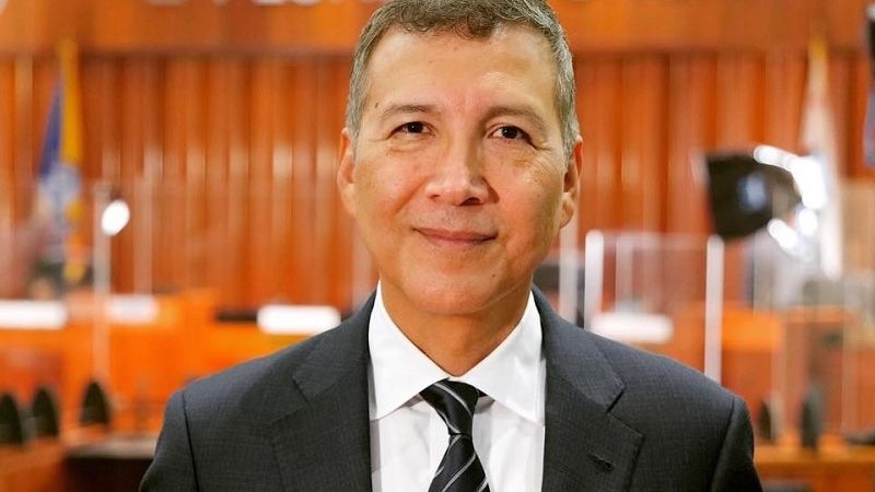 Vincent Sarmiento, el primer boliviano elegido como alcalde en EEUU