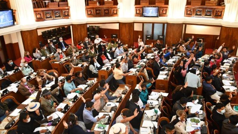 Diputados aprueban proyecto de devolución del 5% de las facturas para quienes ganen hasta 9 mil
