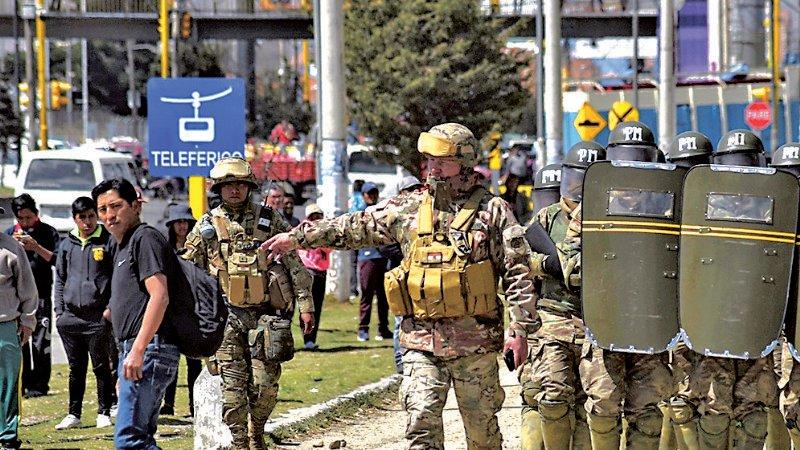 Cuatro causas cercan a policías y militares por hechos de 2019