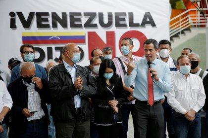 Leopoldo López llamó a los venezolanos a participar de la consulta popular impulsada por Juan Guaidó (REUTERS/Manaure Quintero)