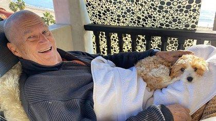 """""""Aunque es una enfermedad grave, me siento afortunado de tener un gran equipo de médicos, y el pronóstico es bueno"""", expresó Jeff Bridges en octubre pasado al dar a conocer que lucha contra el cáncer (@thejeffbridges)"""