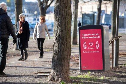 Paseos en un parque de Estocolmo (Reuters)