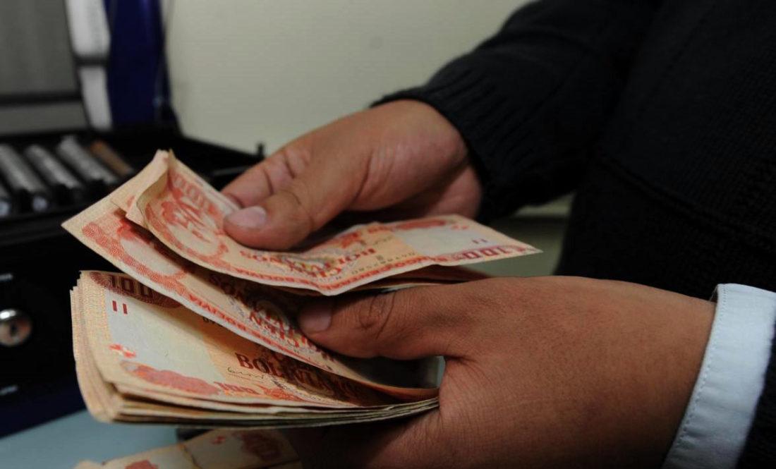 Mitad de beneficiarios del Bono Contra el Hambre tiene una cuenta bancaria - La Razón   Noticias de Bolivia y el Mundo