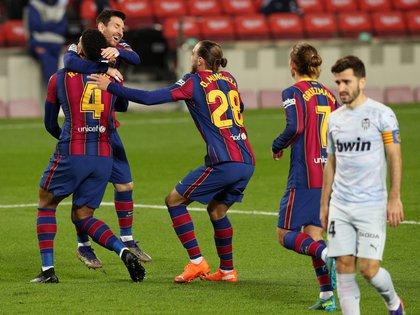 Lionel Messi igualó el récord que mantenía Pelé en el último partido contra el Valencia -REUTERS/Albert Gea