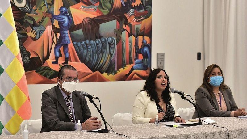 El Gobierno garantiza $us 89 millones para vacunas y pruebas contra la Covid