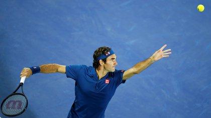 Roger Federer podría volver a jugar en el Abierto de Australia (EFE)