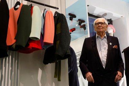 El modista francés Pierre Cardin, estilista visionario y pionero del prêt-à-porter falleció el martes a los 98 años