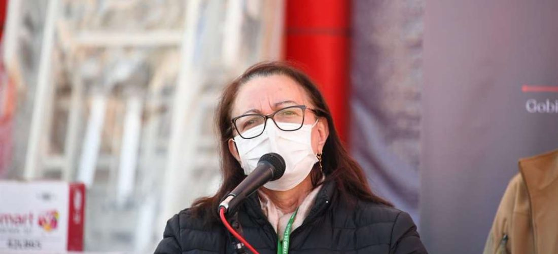 La ex ministra de salud defiende su gestión en la compra de vacunas
