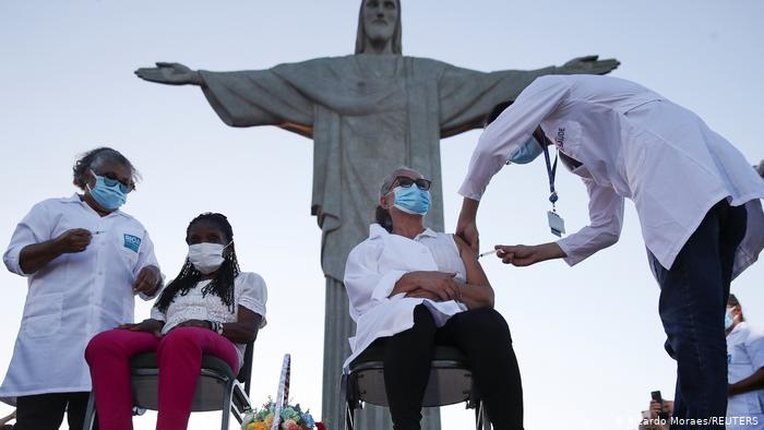 Brasilien Corona-Pandemie   Impfstart   Rio de Janeiro