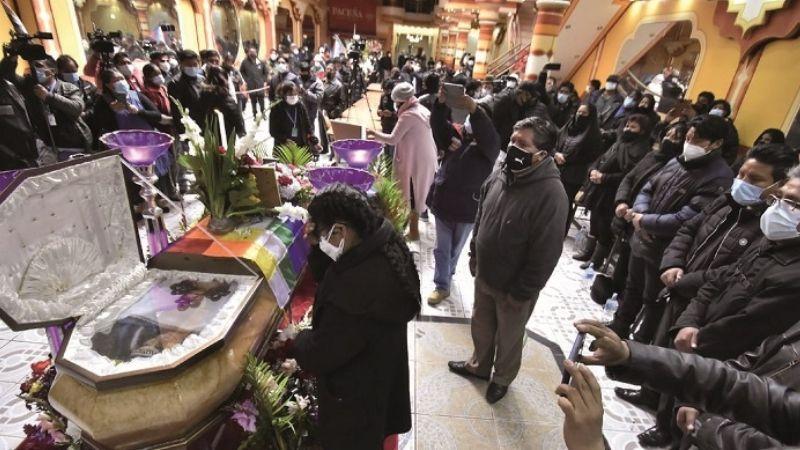 Dicen adiós a Felipe Quispe, el líder clave del empoderamiento aymara