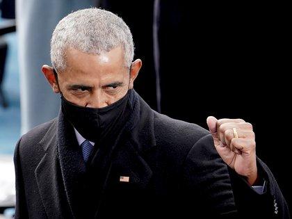 """Obama agradeció a los libros su ayuda para """"sobrevivir a su presidencia"""". (Greg Nash via REUTERS)"""