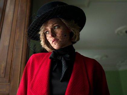 """Kristen Stewart interpretará a Lady Di en """"Spencer"""", una película sobre tres días concretos en la vida de la princesa Diana de Gales que dirigirá el cineasta chileno Pablo Larraín"""