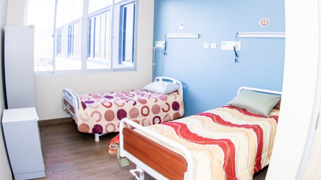 Dos de las camas que se habilitaron en el hospital del Norte.