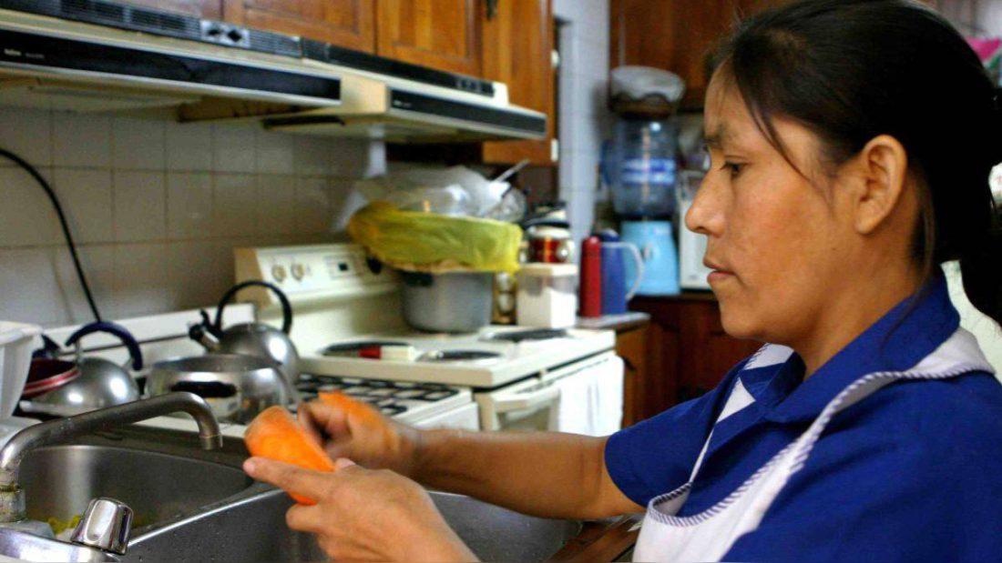 Ministra de Trabajo pide asistir y reportar casos de COVID-19 en el sector de las trabajadoras del hogar