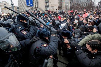 Protestas en Moscú en favor de la liberación de Navalni. REUTERS/Maxim Shemetov/