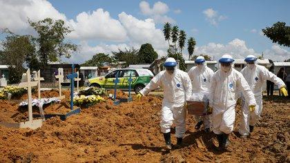 Brasil es uno de los países más afectados por el coronavirus, con más de 220.000 muertos (REUTERS/Bruno Kelly)