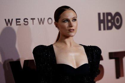 """Evan Rachel Wood posa durante la premier de la tercera temporada de """"Westworld"""" en Los Ángeles, California (Reuters/ Mario Anzuoni)"""