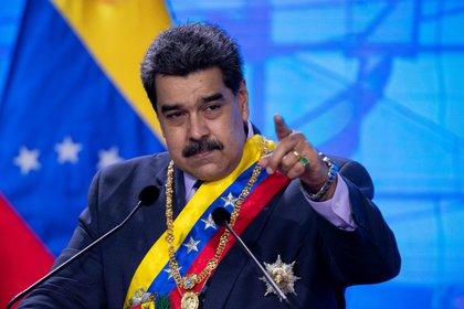 El dictador Nicolás Maduro se mantiene en el poder pese a las denuncias en su contra por crímenes de lesa humanidad (EFE/ Rayner Peña)