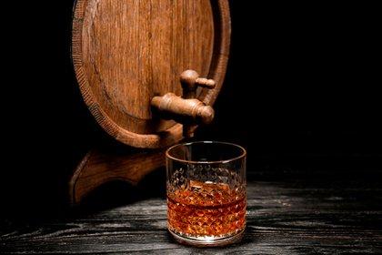 ¿Sirve el whisky para un resfriado? (Shutterstock)