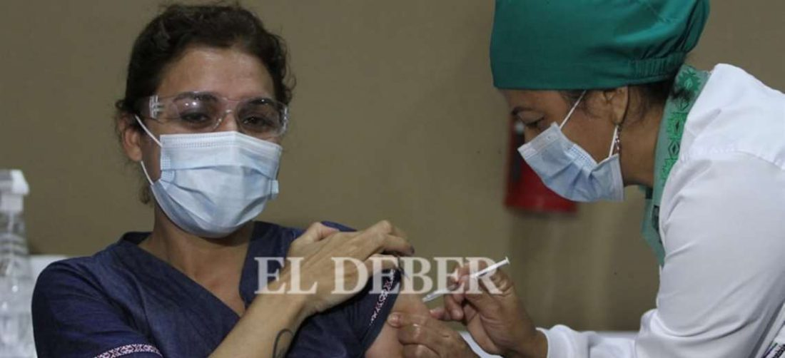 El lunes comienza la vacunación a enfermos renale sy de cáncer. Foto: El DEBER