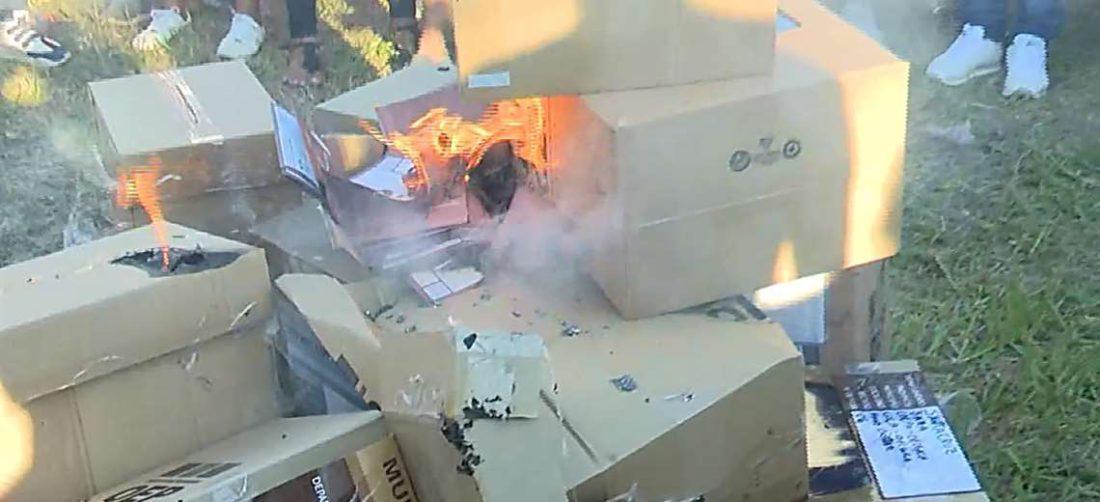 Con denuncias de acarreo de votantes, el 7 de marzo se quemó material electoral